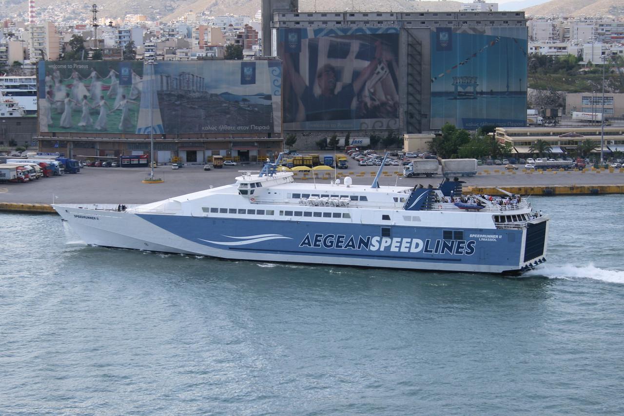 2008 - SPEEDRUNNER II departing from Piraeus to Serifos Sifnos Sikinos Ios Thira.