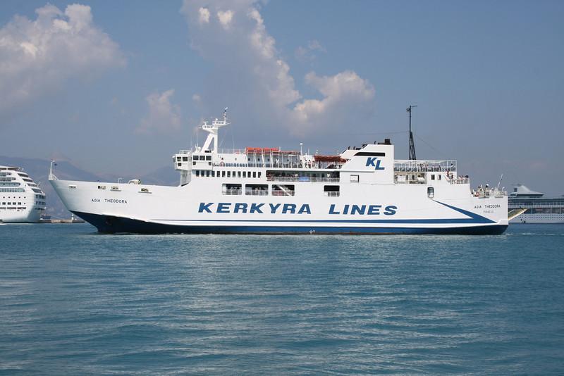 F/B AGIA THEODORA arriving to Corfu.