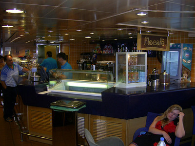 2012 - On board BLUE STAR NAXOS : Flocafè bar.