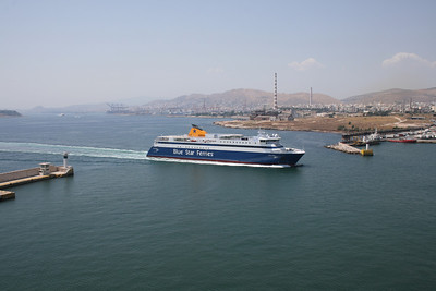 2011 - BLUE STAR PAROS arriving to Piraeus.