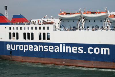 F/B BRIDGE : europeansealines.com logo on broadside.