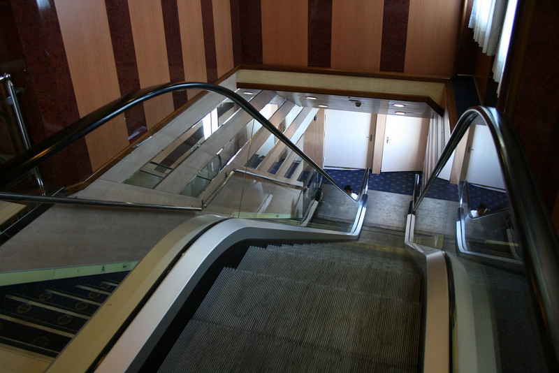 2010 - On board F/B ELLI T : passengers' access.