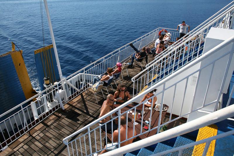 2010 - On board F/B ELLI T : deck 5 pub area.