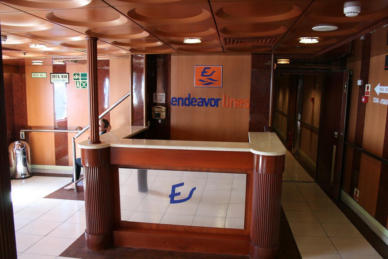 2010 - On board F/B ELLI T : welcome desk.