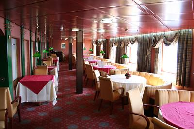2010 - On board F/B IONIAN SKY : a la carte restaurant.