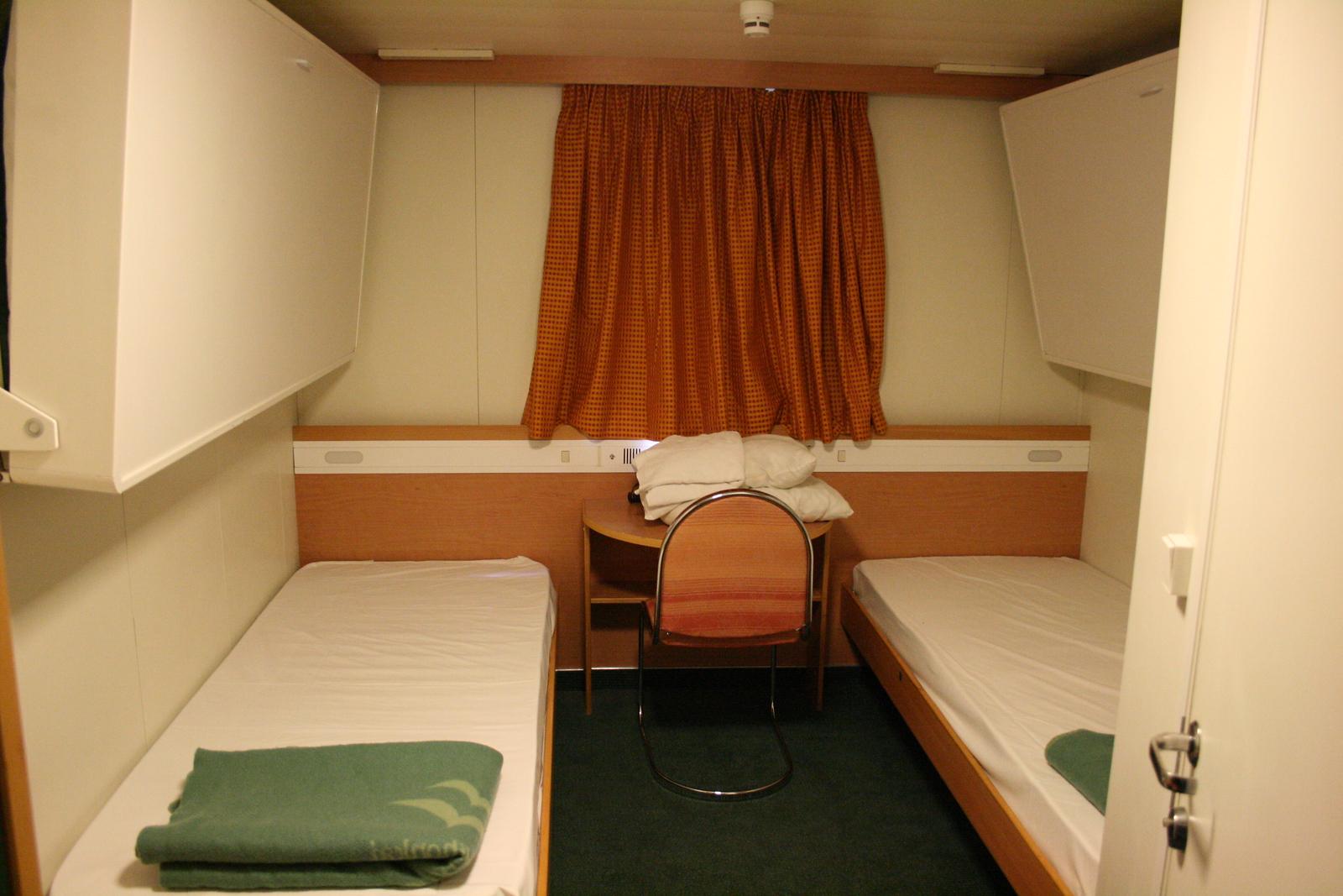 2010 - On board F/B IONIAN SKY : A-cabin.