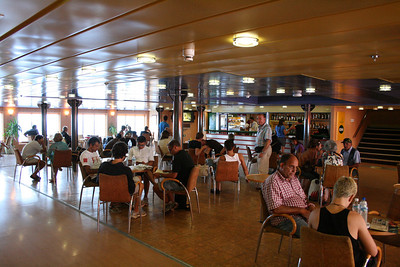 2010 - On board F/B IONIAN SKY : the bar lounge.