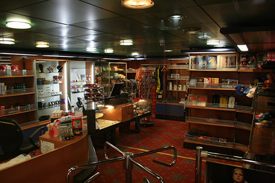 2010 - On board F/B IONIAN SKY : tax free shop.