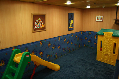 2010 - On board F/B IONIAN SKY : children' playroom.