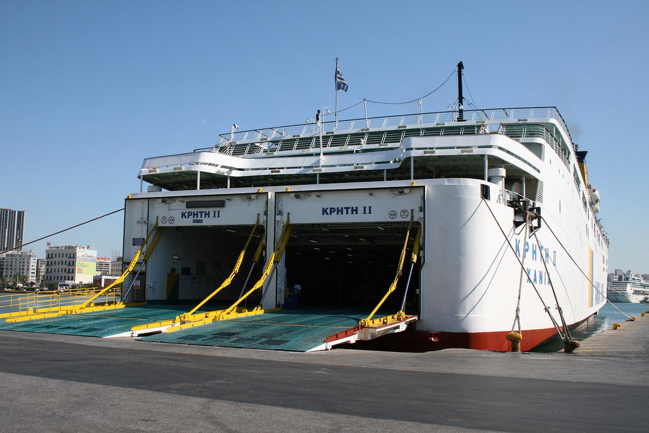 2009 - F/B KRITI II in Piraeus.