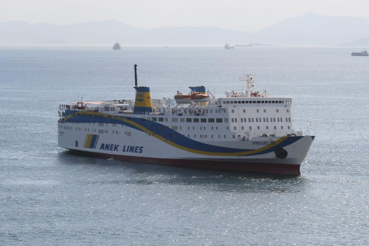 2008 - F/B PREVELIS arriving to Piraeus.