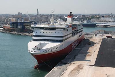2008 - SUPERFAST VI in Bari.