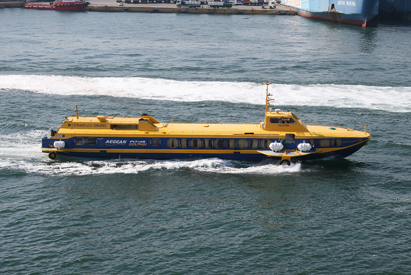 2011 - Hydrofoil FLYING DOLPHIN ATHINA arriving to Piraeus.
