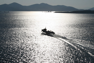 2009 - Hydrofoil FLYING DOLPHIN XIX on route from Piraeus to Argosaronikos.