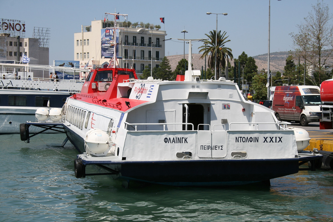 2009 - Hydrofoil FLYING DOLPHIN XXIX moored in Piraeus.