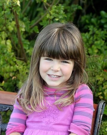 Ashlyn Mon 2010