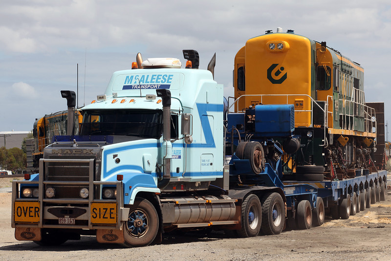 McAleese, Mack Titan , 100 tonne load