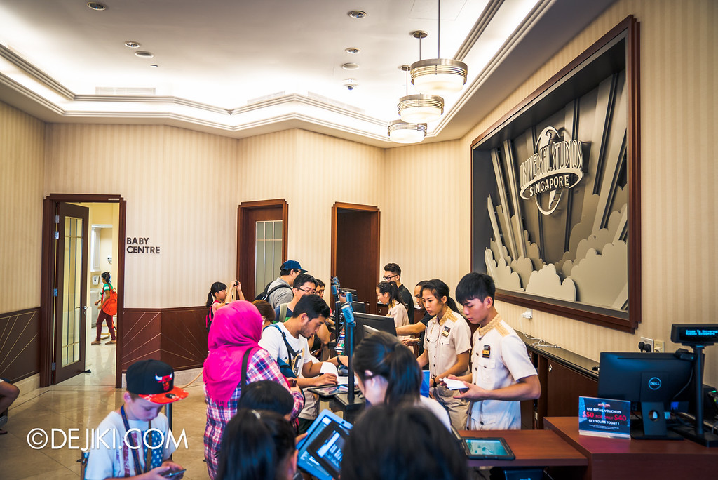 Universal Studios Singapore - Halloween Horror Nights 6 Before Dark Day Photo Report 1 - USS Membership Lobby