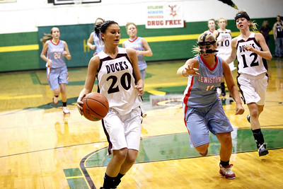 Lady Ducks Vs Lewistown Regional Game 2-9-2011