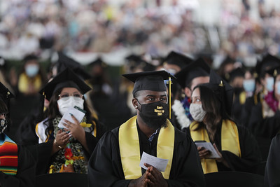 Rongxiang Xu College of Health and Human Services Commencement Ceremony, Class of 2021. Photos by J. Emilio Flores/Cal State LA
