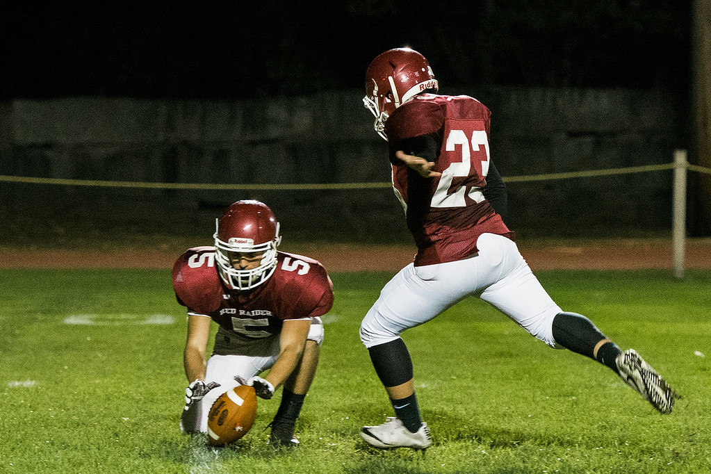 . North Middlesex and Fitchburg High face off at Crocker Field on Friday, September 29, 2017. SENTINEL & ENTERPRISE / Ashley Green