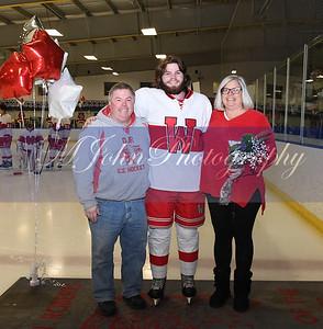 senior night Hockey2020-43