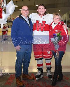 senior night Hockey2020-40