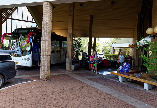 DAY 8: Long bus ride from Alice Springs to Uluru, Uluru sunset - Leaving Alice Springs