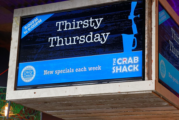 Final food in Auckland - a trip to the Crab Shack on the Auckland Wharf