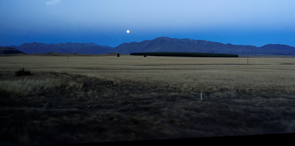 Moon, Earth's shadow, road to Mt. Cook