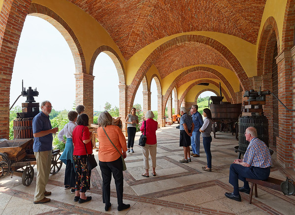 Soave, Monte Tondo winery; great arched ceilings