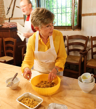 Borgo San Donino; Lucy gets the crumble cake ready