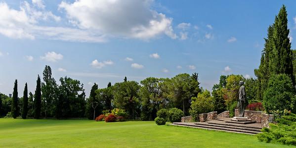 Valeggio, Parco Sigurta Giardino; Giuseppe Carlo Sigurta 1898-1985