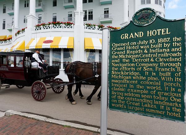 Mackinac Island, Grand Hotel porch