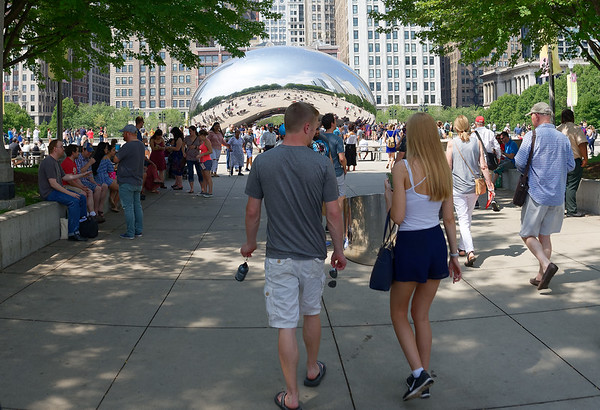 """Chicago tour, approaching the """"Bean"""""""