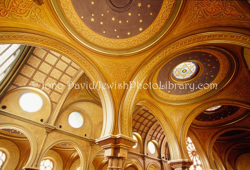 US 1512  Ceiling, Eldridge Street Synagoge  New York City, New York, USA