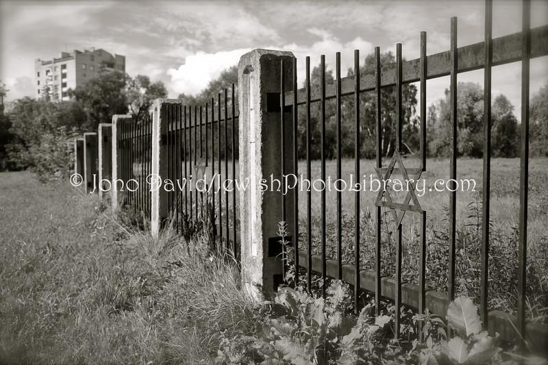 LT 777  Old Jewish Cemetery  KAUNAS, LITHUANIA