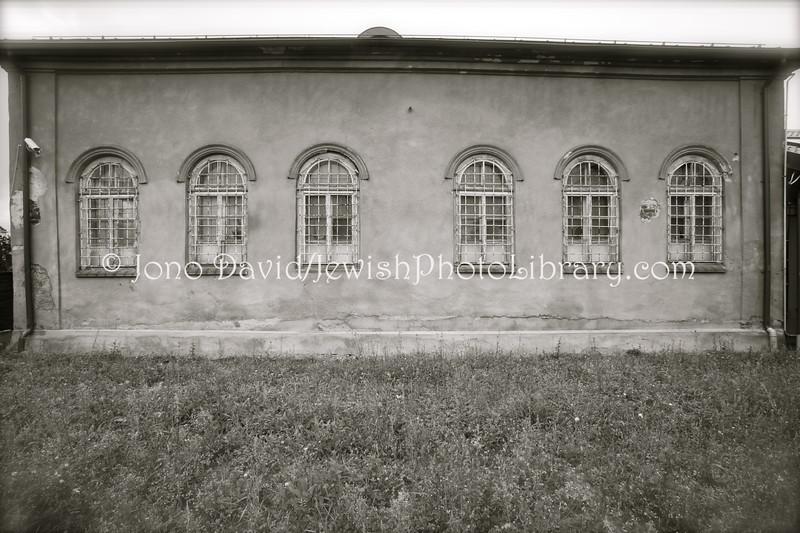LT 1793  Telsiai Synagogue (former)  TELSIAI, LITHUANIA