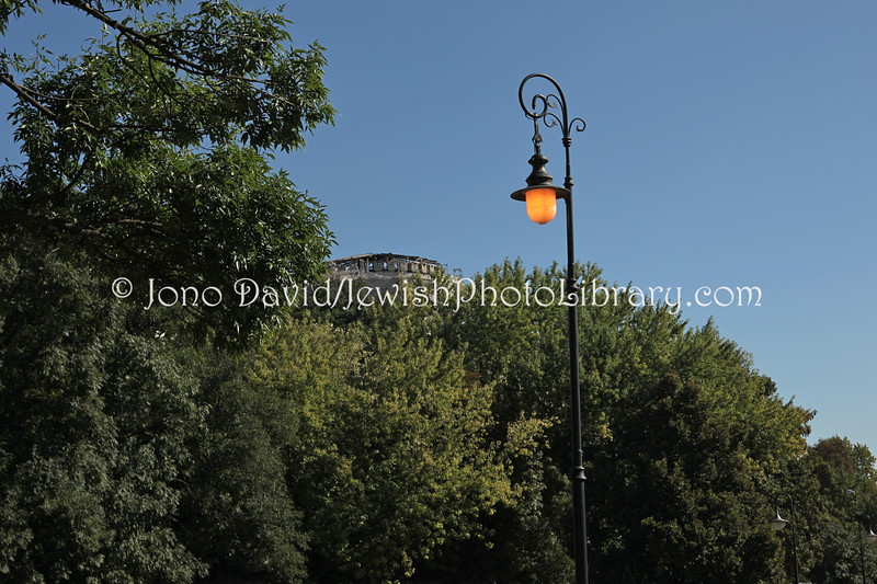 PL 2807  Eternal lamp for the former Jewish community  LUBLIN, POLAND