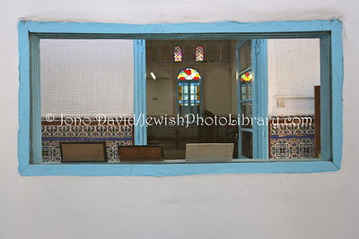 MA 5549  Women's gallery  Synagogue at Talmud Torah Jewish School  Sefrou, Morocco