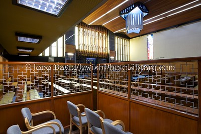 UK 1001  Muswell Hill District Synagogue  London, England