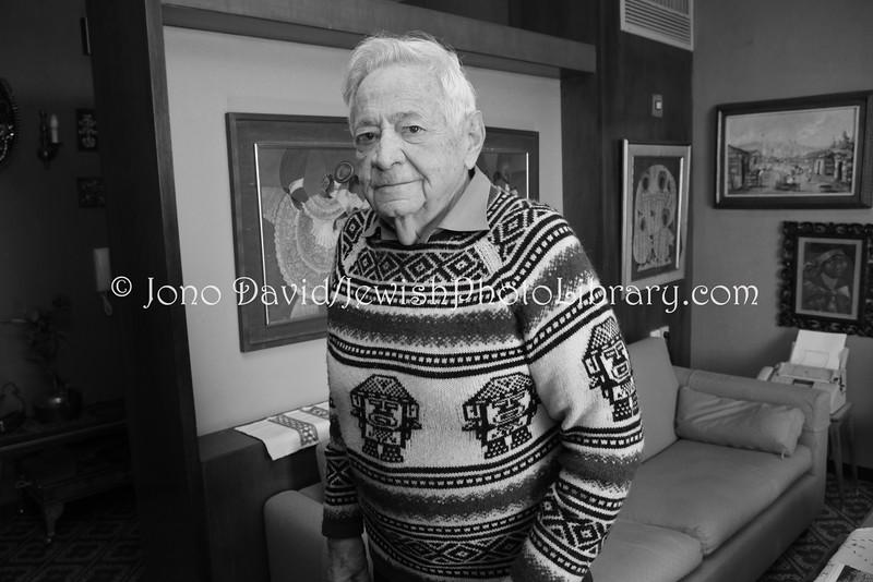 IL 5399  Mordechai Arbell, former Israeli Ambassador, and Jewish historical:cultural researcher  Tel Aviv, Israel