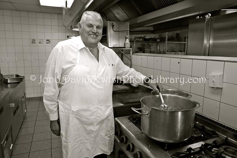 ZA 14942  Stan Smookler, caterer  Johannesburg, South Africa