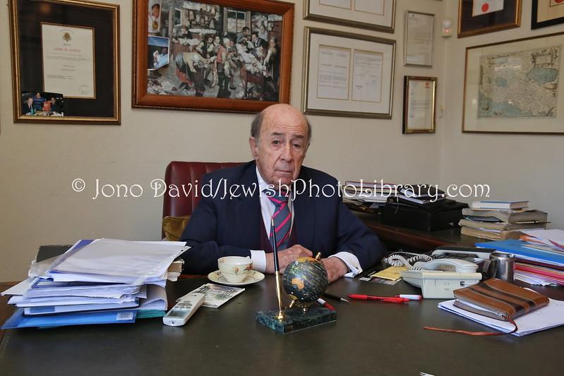 BW 256  Richard Lyons, attorney, Honorary Consul State of Israel and Hungary, Chairman Botswana Jewish Community  Gaborone, Botswana