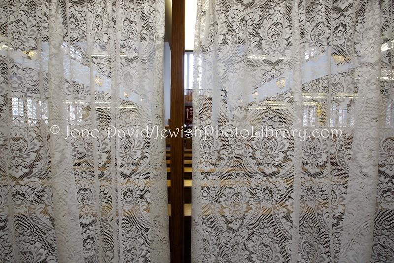 UK 1217  Hendon United Synagogue  London, England