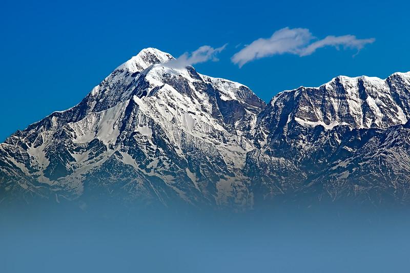 The Himalayas. Krishna in the cloudy chariot / Гималаи. Кришна в облачной колеснице