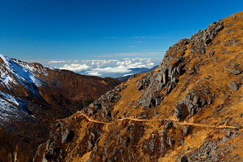 A Himalayan Path / Гималайская тропа