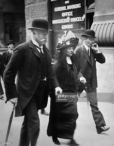 Mr. & Mrs. Bruce Ismay (Bettmann Archive)