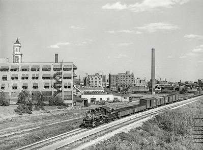 Factory buildings in Des Moines, Iowa (September, 1939)