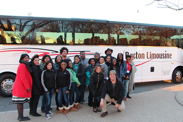 Students from the  Baileys, Gum Springs, and Herndon Fairfax County  Clubhouse Network attended a private screening of the movie Hidden Figures on Capitol Hill at the invitation of Senators Tim Kaine and Mark Warner. Transportation donated by Reston Limo!
